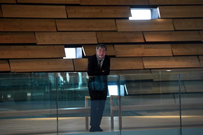L'architecte japonais Kengo Kuma au musée du design V&A Dundee, qu'il a conçu, à Dundee (Ecosse), le 12 septembre 2018.